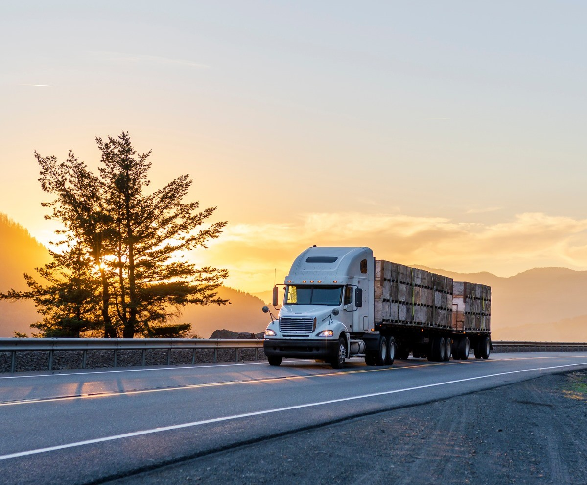 MTG Insurance | Proposed Bill for New Trucking Liability Requirements and Interstate Driving Age